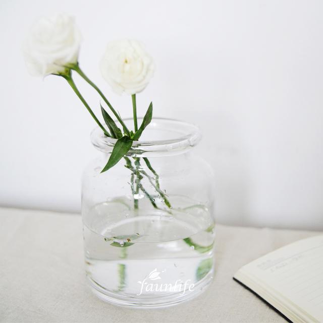 简约透明花瓶